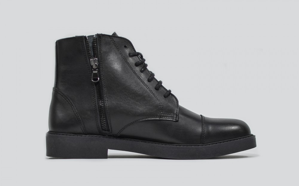 Zip/Laced up Boots